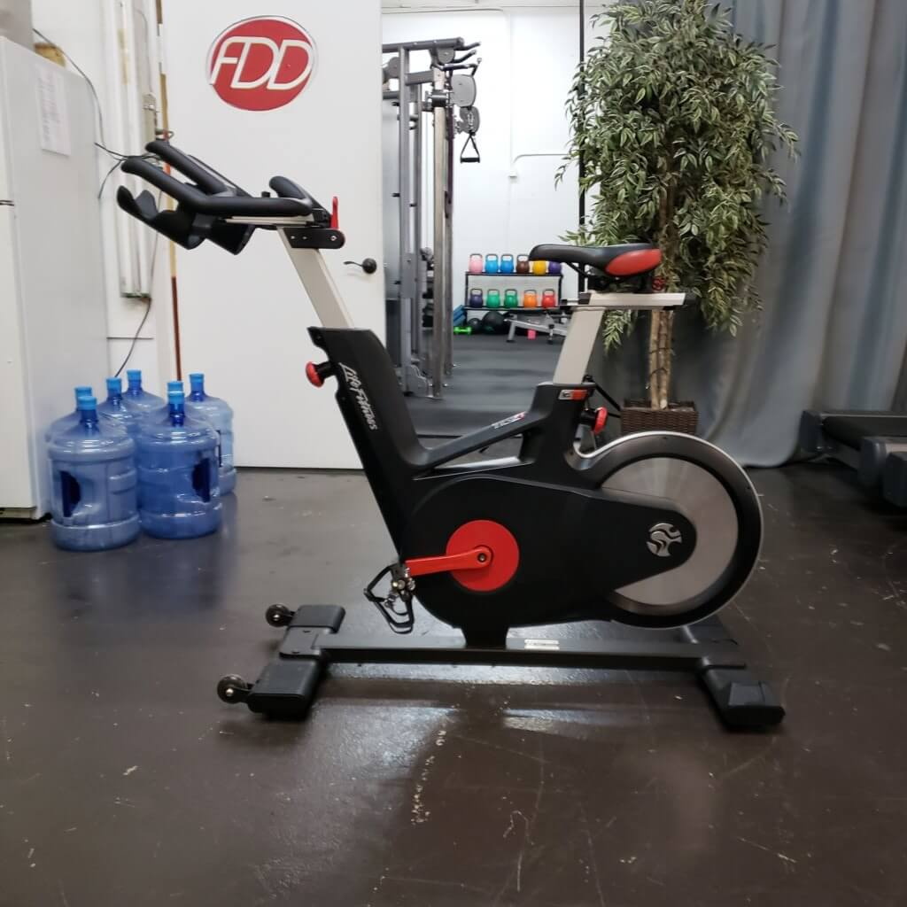 Life Fitness IC5 Group Cycle Bike